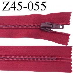 fermeture zip à glissière  longueur 45 cm couleur bourgogne bordeau non séparable  largeur 3,2 cm largeur du zip 6.5 mm