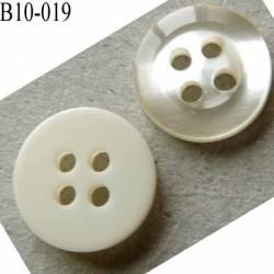 bouton diamètre 10 millimètres couleur ivoire et nacré cristal brillant  brillant 4 trous  diamètre 10 mm