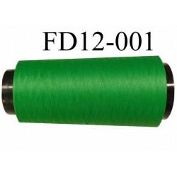Déstockage Cone de fil mousse  polyester texturé fil n° 165 couleur vert lumineux longueur 2000 mètres bobiné en France