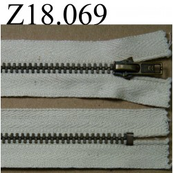 fermeture éclair longueur 18 cm couleur écru non séparable zip métal largeur 2.7 cm