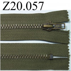 fermeture éclair longueur 20 cm couleur vert kaki  séparable zip nylon largeur 2.5 cm