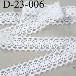 dentelle crochet ancienne 100 % coton blanc  largeur 23 mm prix au mètre