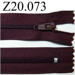 fermeture éclair longueur 20 cm couleur prune non  séparable zip nylon largeur 2.5 cm