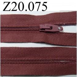 fermeture éclair longueur 20 cm couleur bordeau clair non  séparable zip nylon largeur 2.5 cm