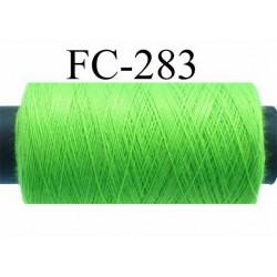 bobine de fil n° 120 polyester économique couleur vert fluo longueur de la bobine 500 mètres bobiné en France