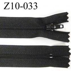 fermeture zip longueur 10 cm couleur noir non séparable largeur 2.4 cm glissière nylon largeur  4 mm