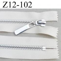 fermeture zip longueur 12 cm couleur écru non séparable largeur 3 cm glissière métal chromé vraiment superbe largeur 6 mm