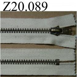 fermeture éclair  longueur 20 cm couleur écru non séparable zip métal largeur 2,5 cm