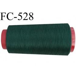 Cone de fil mousse polyester  fil n° 120 couleur vert bouteille  cone de 2000 mètres bobiné en France