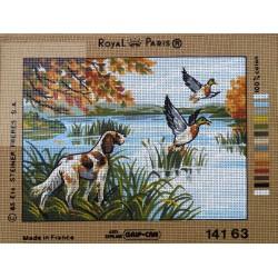 canevas 30X40 marque ROYAL PARIS thème canards et chien dimension 30 centimètres par 40 centimètres 100 % coton