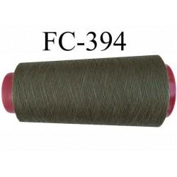 cone de fil polyester fil n°80 couleur vert kaki longueur du cone 1000 mètres bobiné en France