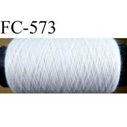 bobine de fil polyester n° 100 couleur blanc longueur de la bobine 500 mètres bobiné en France