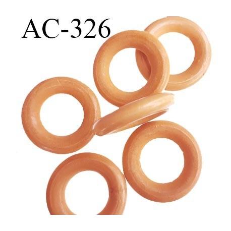 Anneau en bois vernis couleur bois clair diamètre extérieur 36 mm diamètre intérieur 19 mm épaisseur 7 mm