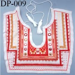 Devant Plastron Superbe en coton doux hauteur 30 cm largeur 30 cm largeur couleur écru rouge corail rose orange