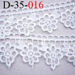 Dentelle crochet 35 mm broderie galon couleur naturel lumineux prix au mètre