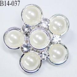 Bouton en forme de fleur avec perles incrustées nacré  haut de gamme  en métal diamètre 14 mm couleur  nacré et acier chromé