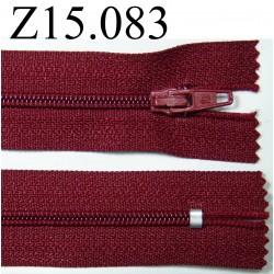fermeture longueur 15 cm couleur bordeau  non séparable zip nylon largeur 2,5 cm