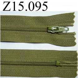 fermeture longueur 15 cm couleur vert  kaki non séparable zip nylon largeur 2.5 cm
