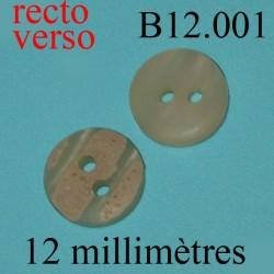 bouton 12 mm  2 trous façon marbré sur la face diàmètre 12 millimètres