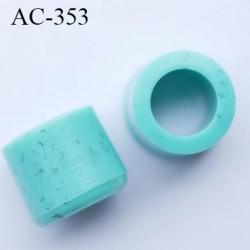 Stop cordon 5 mm en pvc  couleur turquoise moucheté dimètre intérieur 5 mm diamètre extérieur 7.8 mm hauteur 7 mm