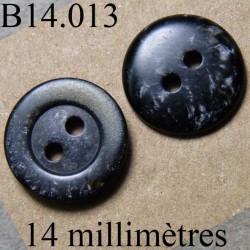 bouton 14 mm couleur noir marbré avec des petits éclat gris 2 trous 14 millimètres