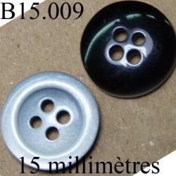 bouton 15 mm   couleur  gris une face et noir brillant l'autre face 4 trous diamètre 15 millimètres
