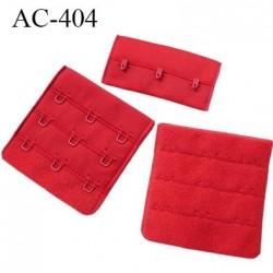 Agrafe attache 55 mm rallonge extension de soutien gorge 3 rangés 3 crochets largeur 55 mm hauteur 56.5 mm couleur rouge