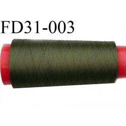 Destockage  cone 2000 m fil  polyester  fil n°165 couleur vert kaki longueur du cone 2000 mètres bobiné en France