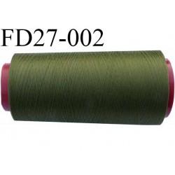 Destockage  cone 2000 m fil  polyester  fil n° 80 couleur vert kaki longueur du cone 2000 mètres bobiné en France
