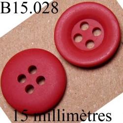 bouton 15 mm   couleur rouge mat 4 trous diamètre 15 millimètres
