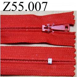 fermeture éclair longueur 55 cm  couleur rouge non séparable zip nylon largeur 2.5 cm