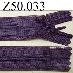 fermeture éclair longueur 50 cm invisible couleur prune non séparable zip nylon largeur 2.4 cm