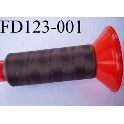 Destockage Cone 2500 m fil mousse polyamide n°120 couleur taupe  longueur 2500 mètres  bobiné en France
