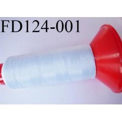 Destockage Cone 2500 m fil mousse polyamide n°120 couleur bleu très clair pastel  longueur 2500 mètres  bobiné en France