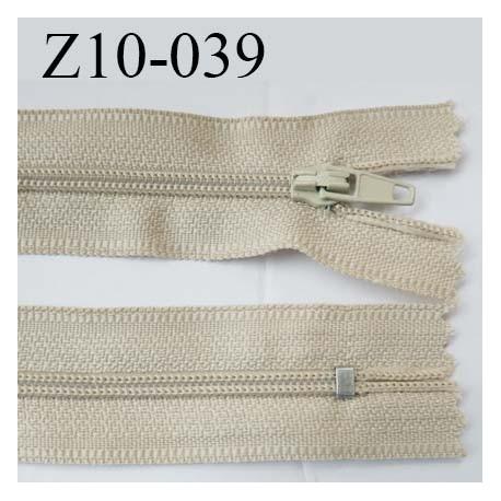 fermeture zip longueur 10 cm couleur beige non séparable largeur 2.4 cm glissière nylon largeur  4 mm