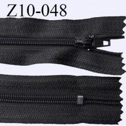 fermeture zip longueur 10 cm couleur anthracite non séparable largeur 2.4 cm glissière nylon largeur  4 mm