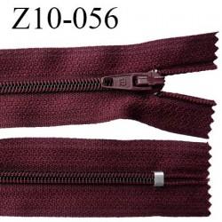 fermeture zip longueur 10 cm bordeaux non séparable largeur 2.4 cm glissière nylon largeur  4 mm