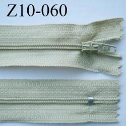 fermeture zip longueur 10 cm beige kaki non séparable largeur 2.4 cm glissière nylon largeur  4 mm