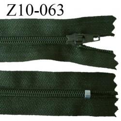 fermeture zip longueur 10 cm vert non séparable largeur 2.4 cm glissière nylon largeur  4 mm