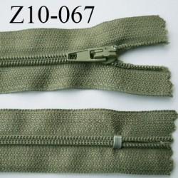 fermeture zip longueur 10 cm kaki non séparable largeur 2.4 cm glissière nylon largeur  4 mm