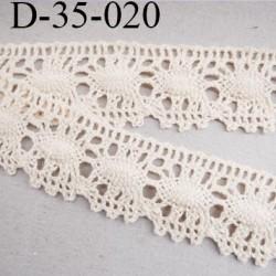 dentelle crochet 35 mm ancienne en coton largeur 35 mm couleur écru provient d'une vieille mercerie parisienne prix au mètre