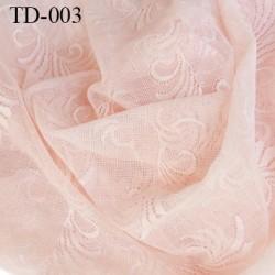 dentelle brodé  couleur rose pétale très haut de gamme largeur 145 cm prix pour 10 centimètres