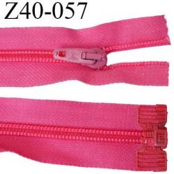 fermeture 40 cm  non séparable couleur fushia largeur 3.2 cm largeur de la glissière nylon 6.5 mm