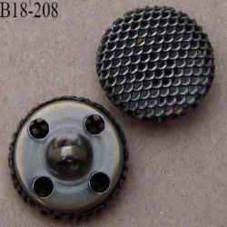 bouton 18 mm en métal accroche avec un anneau ou 4 trous diamètre 18 millimètres