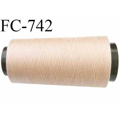 Cone 2000 m fil mousse polyester n°160 couleur chair ou beige clair longueur 2000 mètres bobiné en France