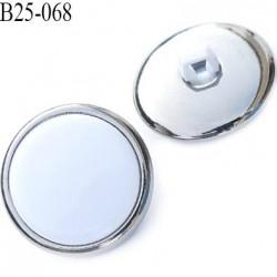 bouton 25 mm en pvc couleur chromé acier et blanc très beau accroche par anneau diamètre 25 millimètres