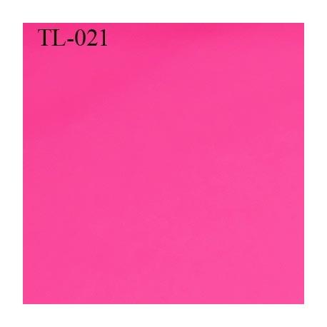 Tissus lycra spécial lingerie très fin haut de gamme couleur fushia largeur 150 cm poids au mètre carré 100 grs prix pour 10 cm