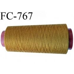 Cone de 2000 m fil polyester fil n° 100 couleur caca d'oie longueur de 2000 mètres bobiné en France