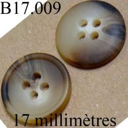 bouton 17 mm  couleur beige et marron marbré mat 4 trous  diamètre 17 millimètres