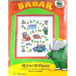 kit à broder Royal Paris abécédaire BABAR en famille format terminé  35 x 45 cm